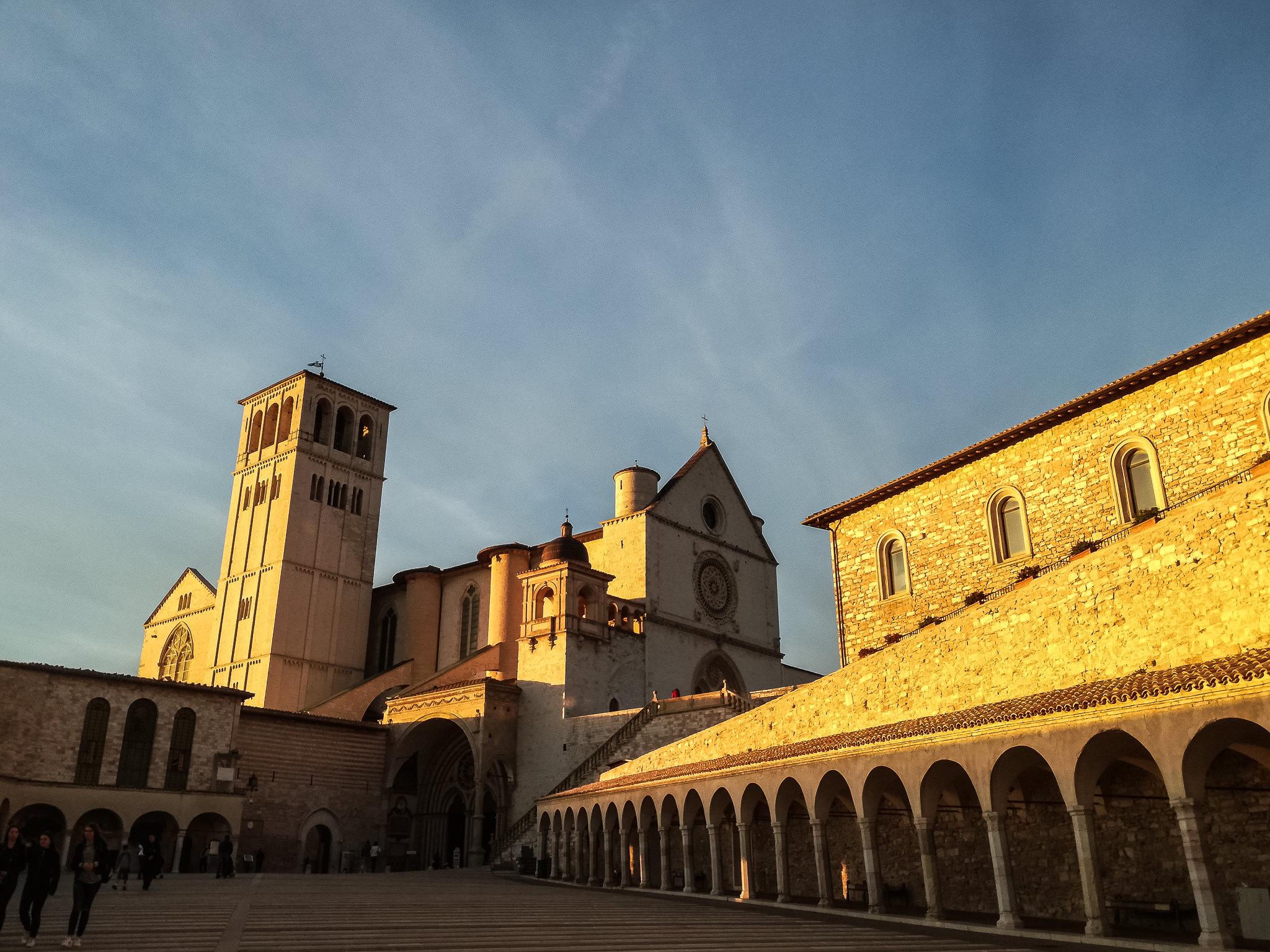 Assisi, miracol imprimat pe retină şi reflectat în suflet