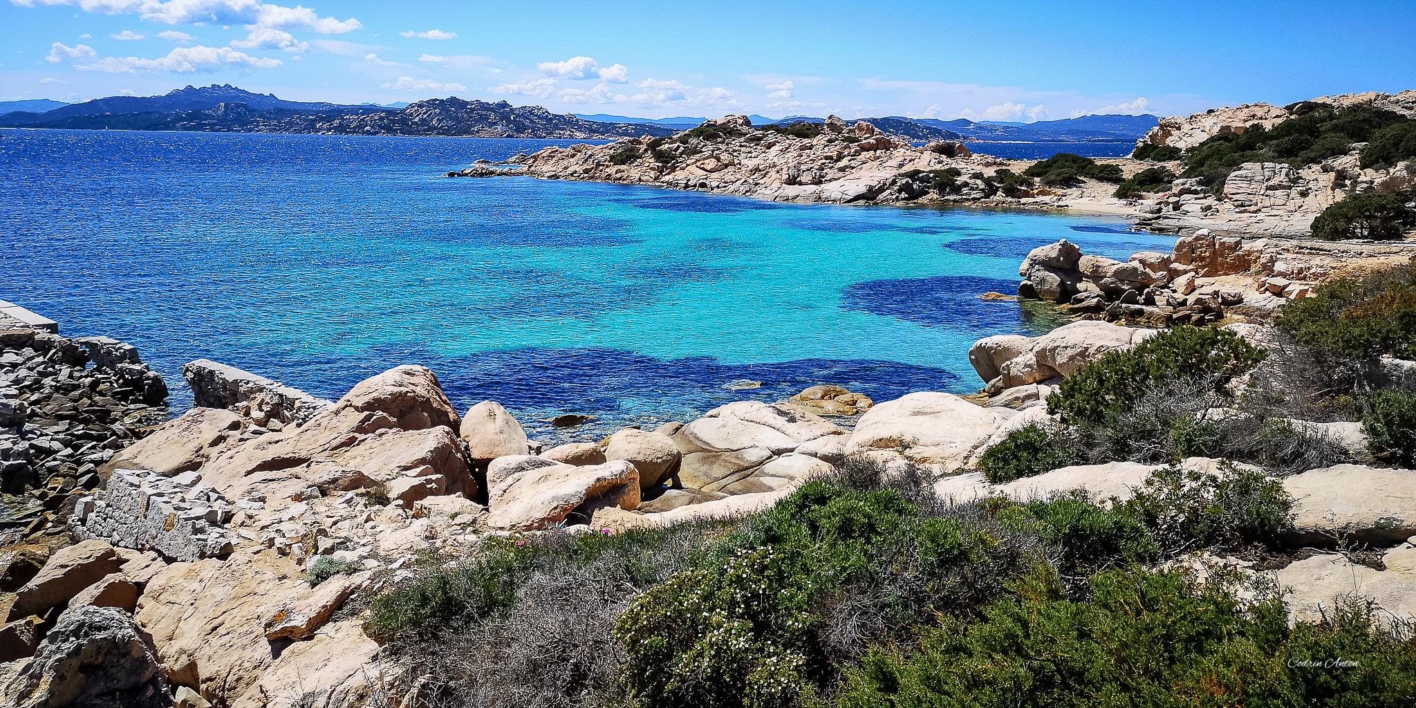 Insula La Maddalena – locul unde şi aerul e albastru